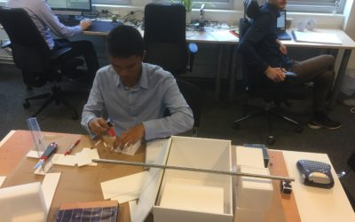 11 september, Akhsanto is building a model of the spacecraft, scale 1:1